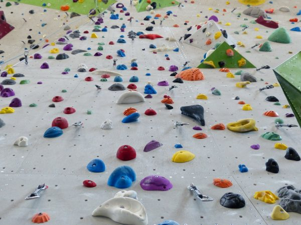 The Best Bouldering Gear If You Are Climbing Walls