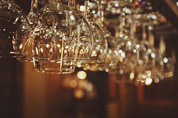 List Of The Most Elegant Champagne Glasses
